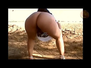 blowjob  outdoor  peeing