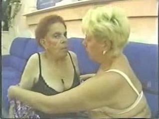 amateur  gilf  lesbian