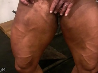 fuck  muscle  woman