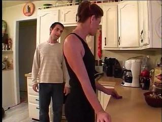 friend  fuck  kitchen