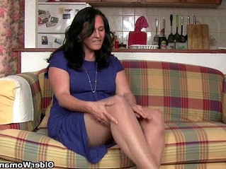 british   fetish   housewife