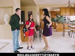 3some  babe  babysitter